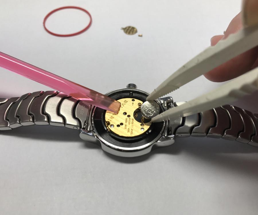 電池 交換 時計 diesel